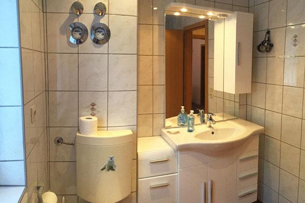 Ferienwohnung Sebnitzer Straße Badezimmer