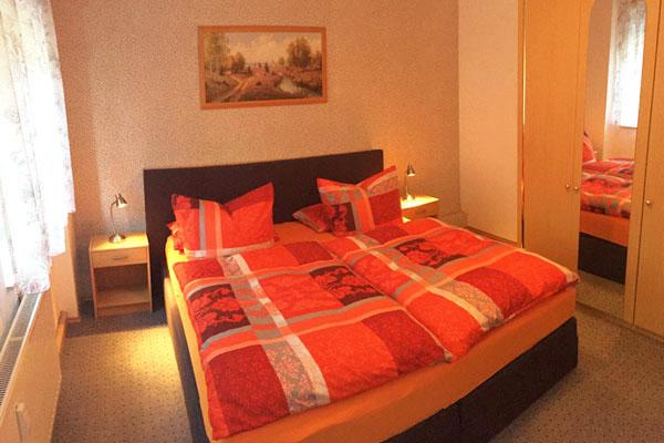 Ferienwohnung Sebnitzer Straße - Schlafzimmer