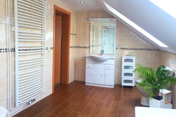 Ferienwohnung Lilienstein Rosengasse - Badezimmer